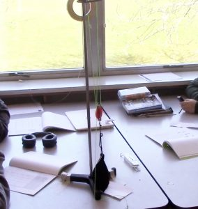 Pulley on a table in a science class.